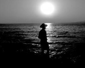 Pescador 300x240 - Fotografía a Contraluz