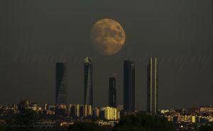 N 5 300x185 - Como Fotografiar La Luna